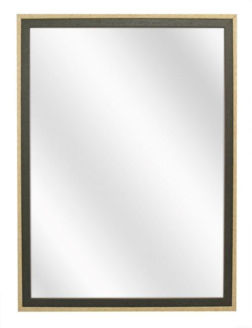Een stijlvolle tweekleurig (groen en blank) houten spiegel met een vlakke lijstrand van 20 mm.